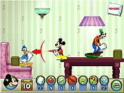 Игра Микки и друзья из Диснея - Бои подушками