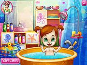 Игра Ванные процедуры малышки